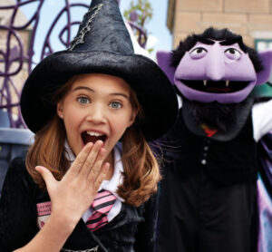 SeaWorld Spooktacular Girl with Sesame Street Count Dracula